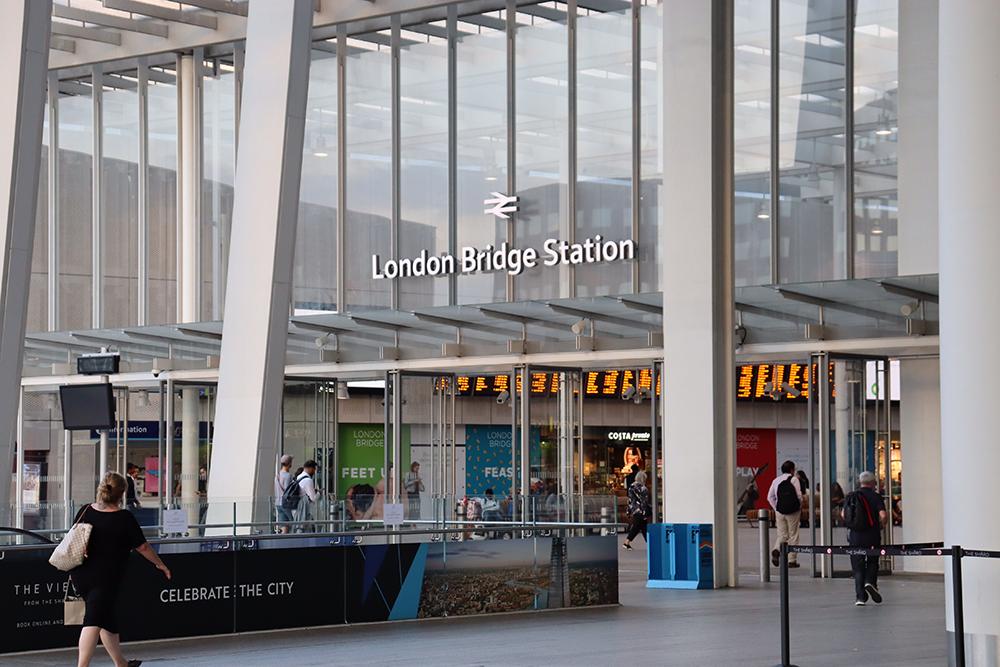 London Bridge Station by Dele Oke on Unsplash