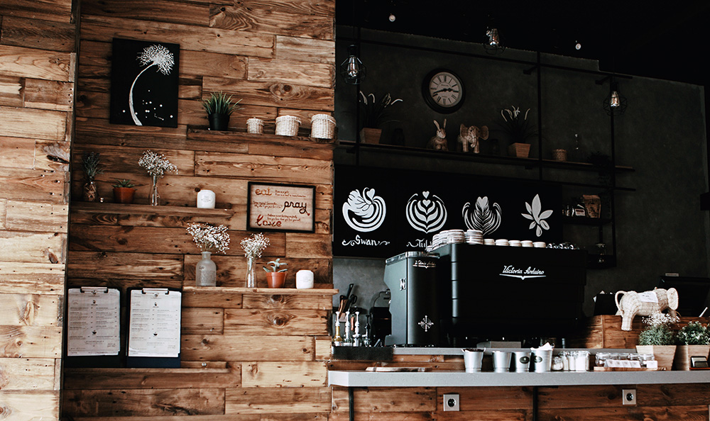 Coffee Shop Photo by Afta Putta Gunawan on Pexels