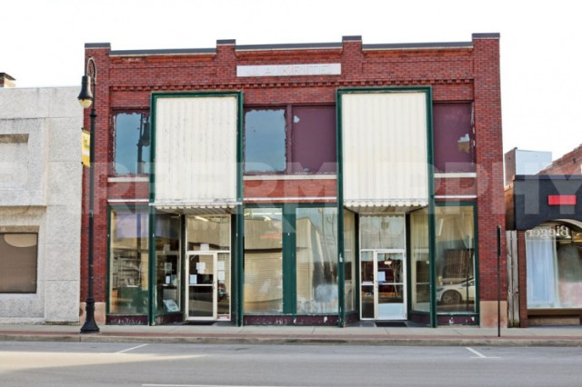 Exterior Image of 6,000 SF Retail for Sale in Downtown Collinsville