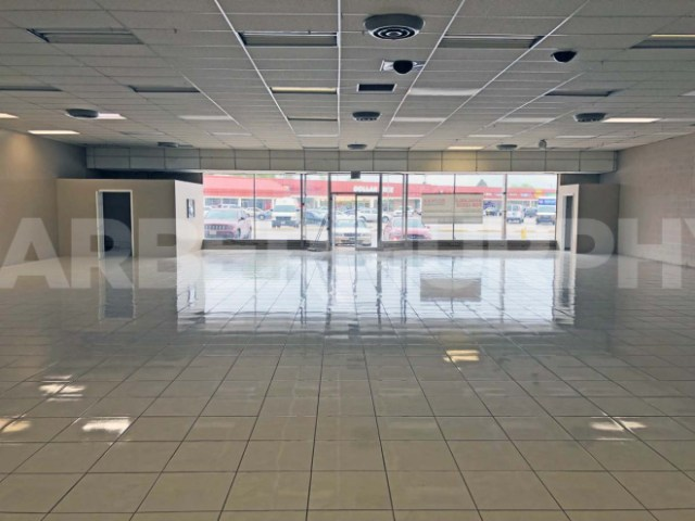 Image of Suite 101 for 15,510 SF Store Front Retail For Sale, Bellevue Park Plaza, 101-109 North 47th St, Belleville, Illinois 62223