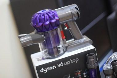 Dyson V6 Up Top