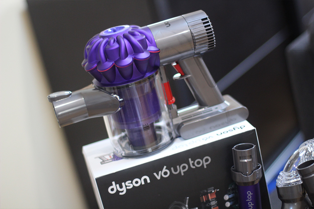 Dyson V6 Up Top