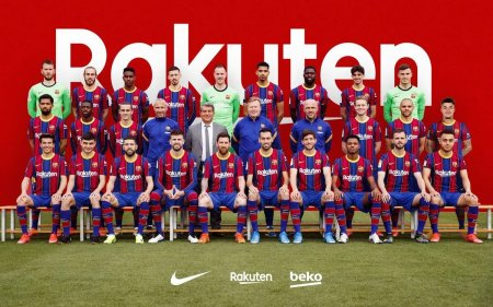 Image: Barcelona's Official Team Photo For 2020/21 | Barca Universal