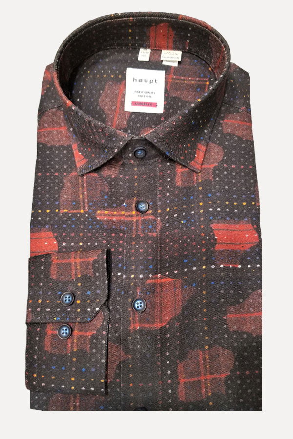 Haupt Shirt in100% Viscosa/Rayon Print. Modern Fit. Colorful, specially as a Holiday shirt.