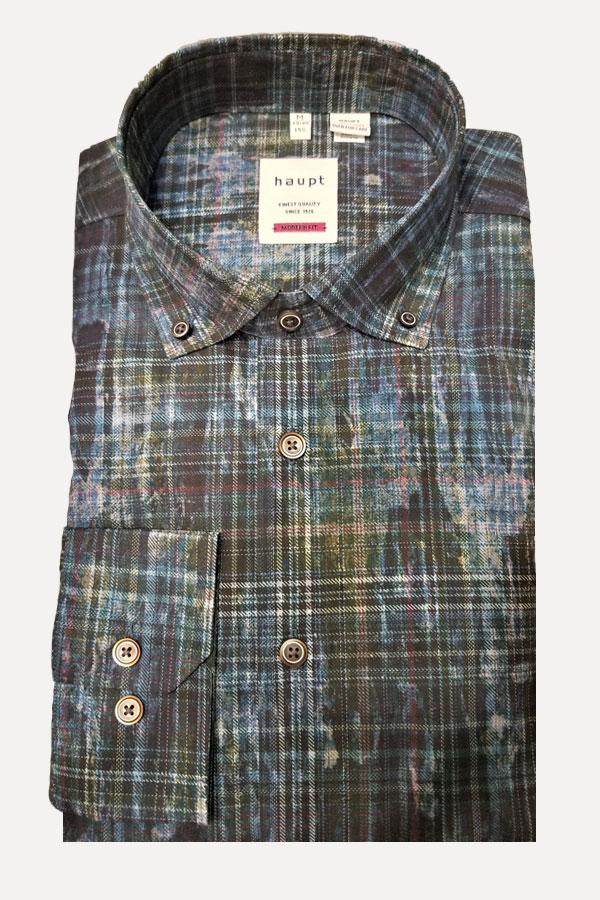Haupt Shirt in a Classic Button Down design in a Modern Fit. Multi color Plaid in 100% Cotton.