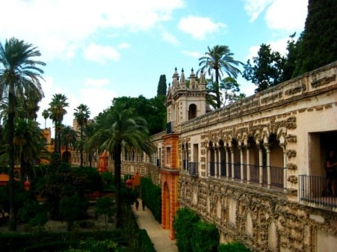 Real-Alcazar-de-Sevilla-gardens