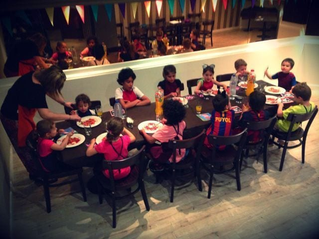 bcn_colours_pizzeria_gondola34