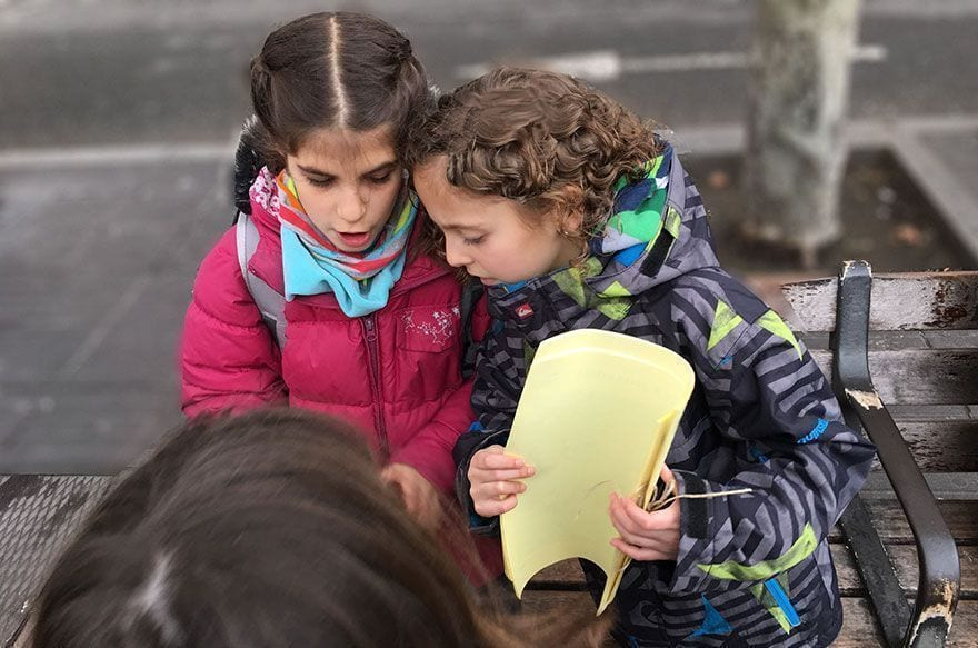 Gincana infantil buscadores de dragones en Barcelona