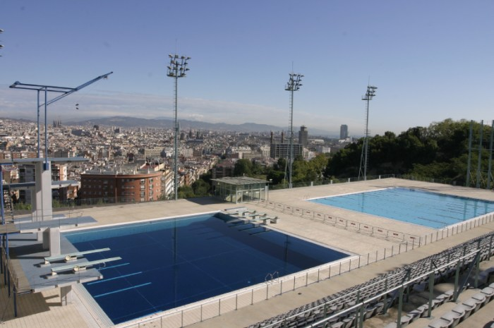 Swimming pools with views of Barcelona