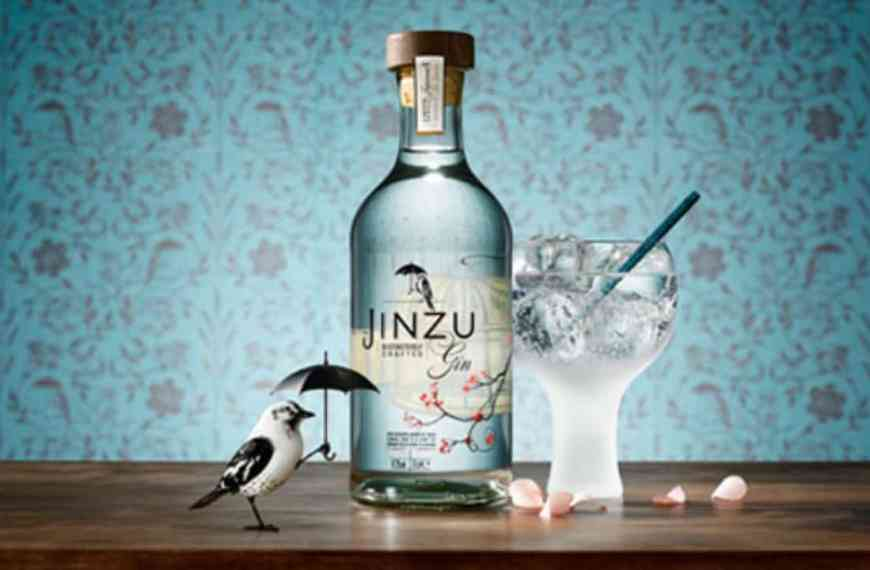 Jinzu (Japan/Scotland): Scottish gin with a Japanese twist