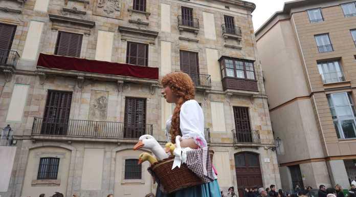giant in barcelona