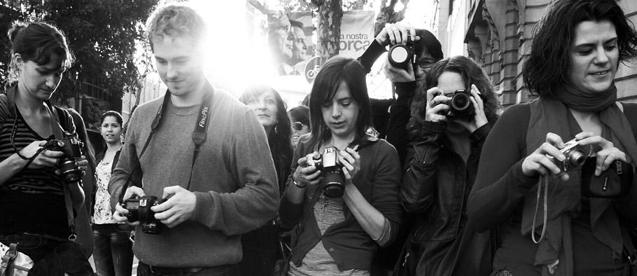 Barcelona Photographers taking Photos of Barcelona