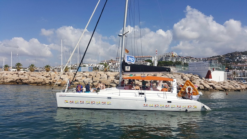 catamaran boat tours barcelona