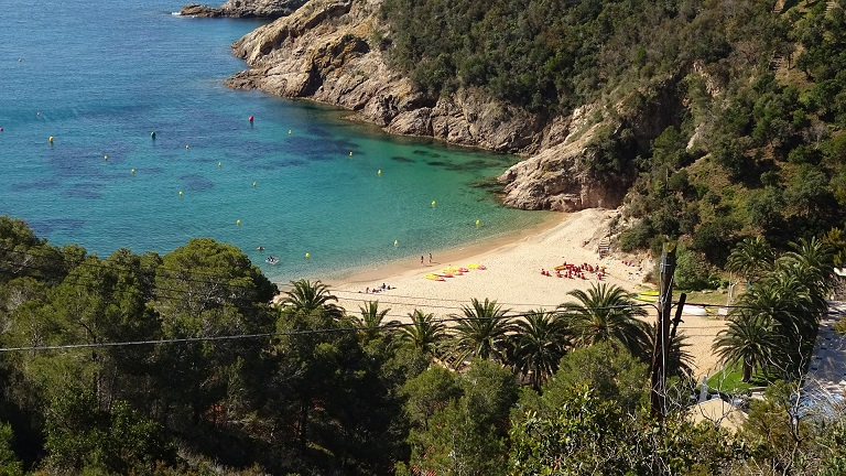 The beaches of Tossa de Mar one of the things to do outside Barcelona