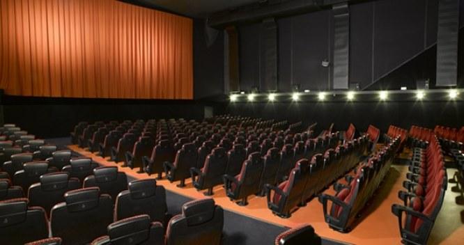 Cines Alternativos En Barcelona 5 Salas Que Se Salen De