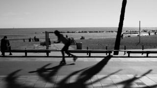 barcelona-beach-black-and-white-674730