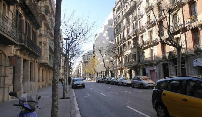 Carrer_del_Rosselló_Barcelona_December_2014_02