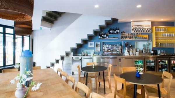 federal-cafe-vista-de-la-sala-d9a5d