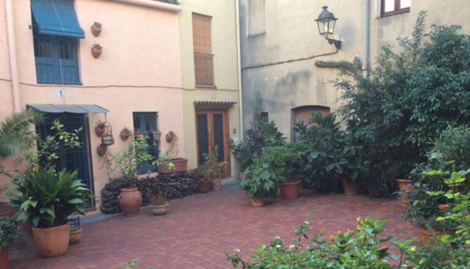 inmofinders_blog_upandtown_plaza_sant_gaieta_sarria_barcelona_700x400