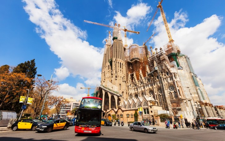 11 Tips on How to Survive Summer in Barcelona - Photo by Iakov Filimonov