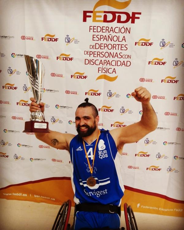 Márcio Dias celebra mais um título em Espanha