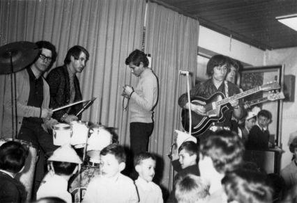 Fellépés egy óvodás bulin az Egressyben 1972-ben
