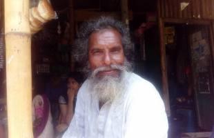 'মা-বাবার ওপরে কোন পীর নাই; তাদের সেবা করেন'-বাউল আবুল হোসেন