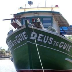 barco-frente-deus-te-guie