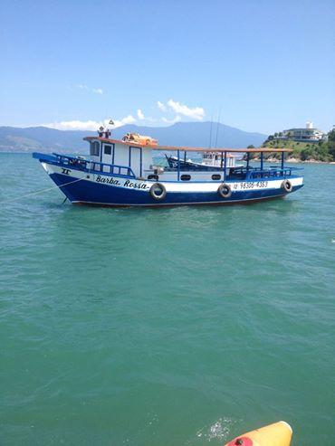 pesca no mar, barco aluguel frete preço