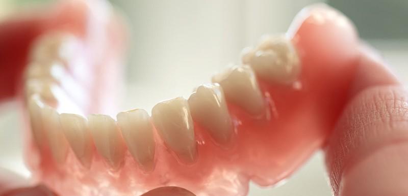 próteses-cobertas-planos-odontológicos-amil