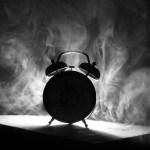 Poesía en Bardulias: A la alarma en cada despertar