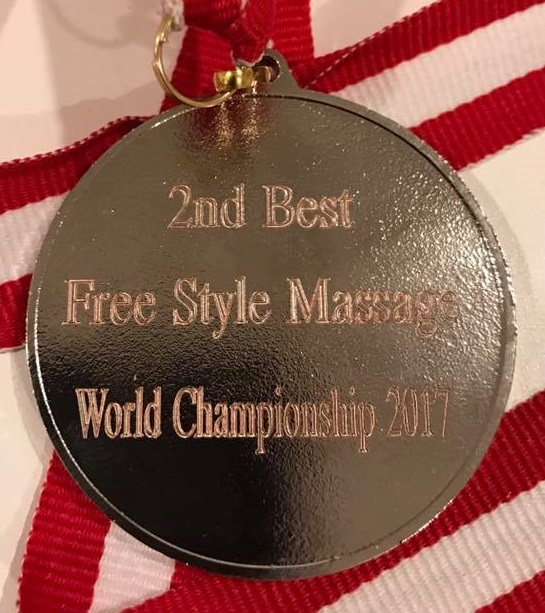 Freestyle-barefoot-massage-winner