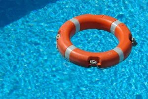 Swimming Pool Safety Tips for Parents and Kids
