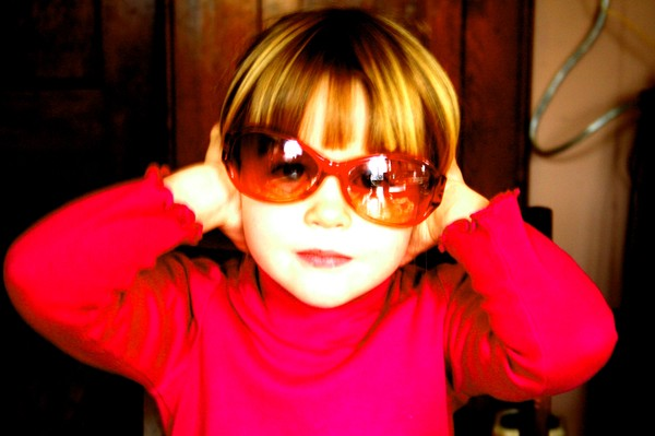 Red_julia_with_shades