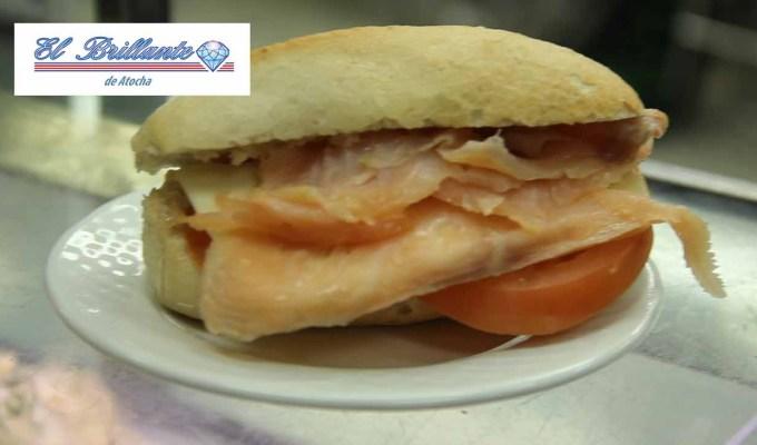 Salmon, Tomate y Queso - EL BRILLANTE