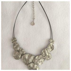 Smykke i oksidert sølv