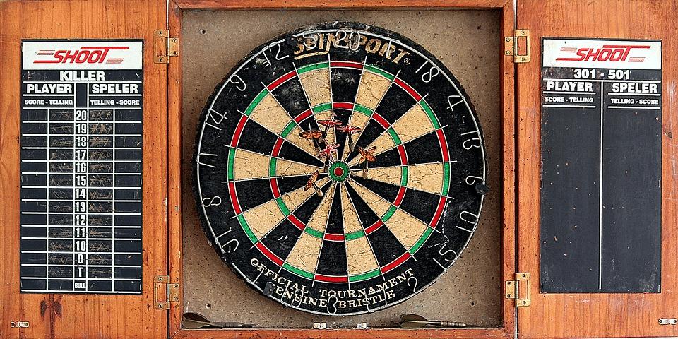 darts bar game
