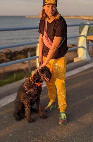 Spodnie dresowy żółte i pies