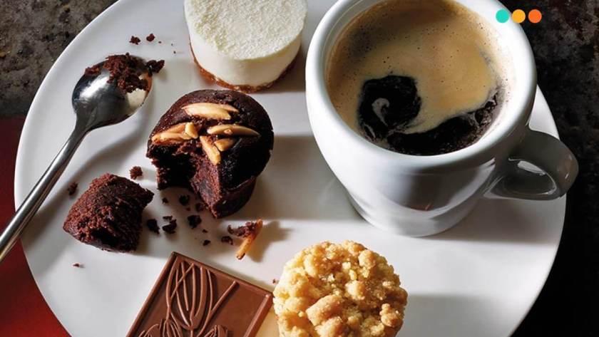 Black coffee với chocolate