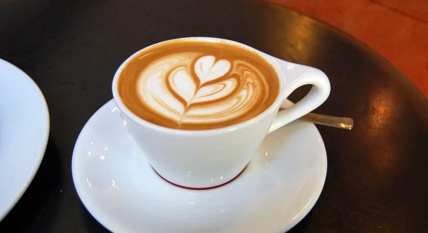 Nghệ thuật Latte Art khiến cho tách cà phê trở nên ngon mắt hơn