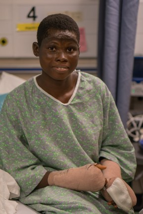 Patient Blandine recovers from surgery.