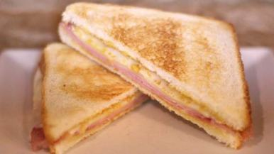 Sandwich mixto.