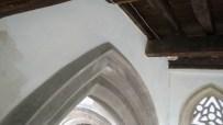 10 Arch between chancel & nave