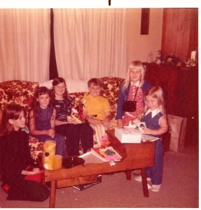 Susie and friends at 10th birthday Aug 13 1971