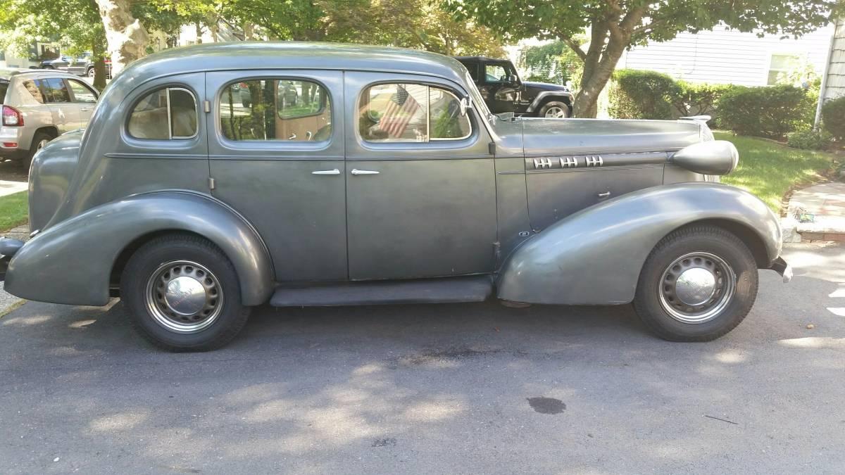 Original Olds 1936 Series F Sedan