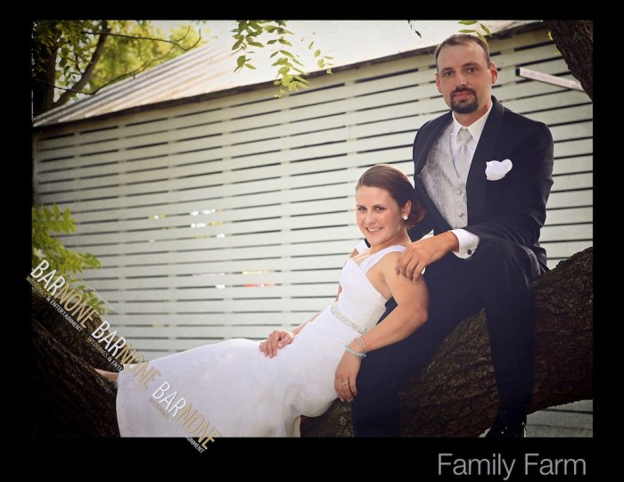 Bar None Photography - Rustic Barn Wedding 1043