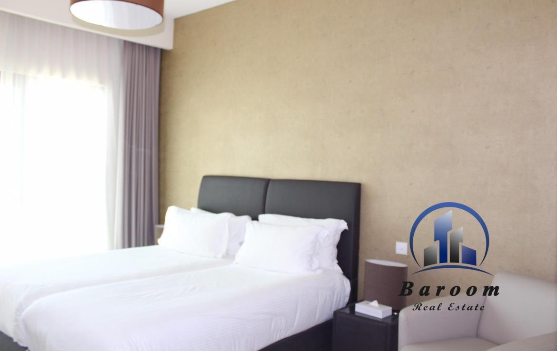 Superb One Bedroom Luxury Apartment 3