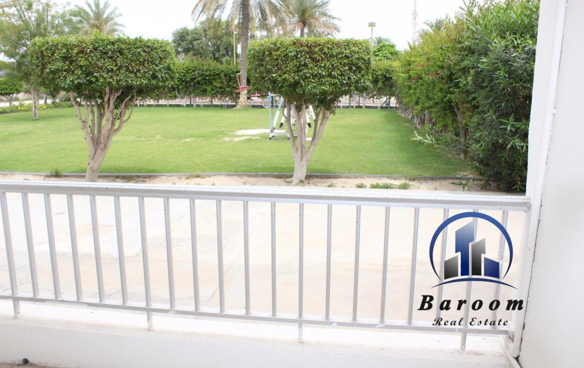 Grand Three Bedroom Apartment 1