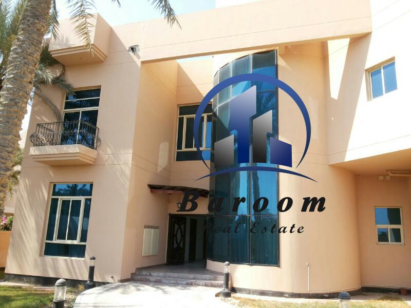 Great Six Bedroom Villa