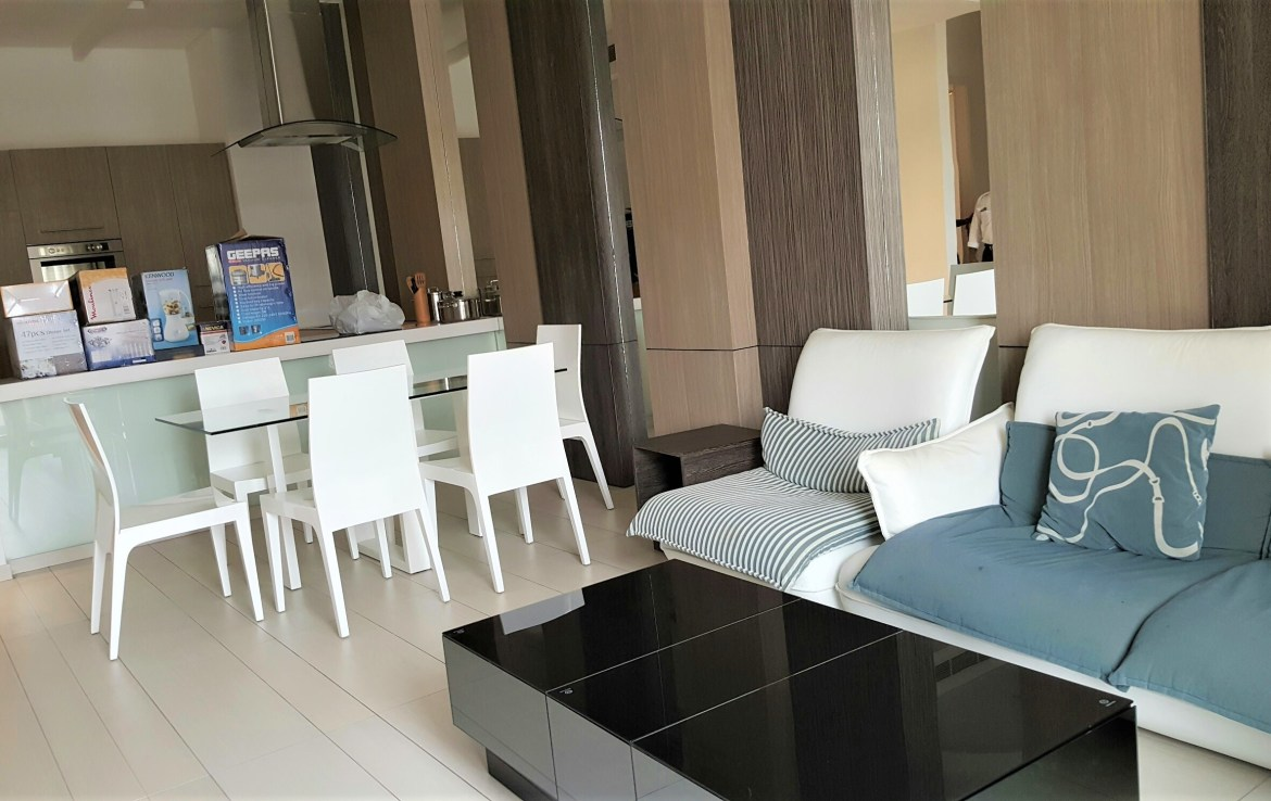 Two Bedroom Modern Apartment3